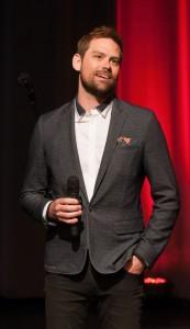 Rencontre avec Andrew Shaver, metteur en scène de Grease à Montréal